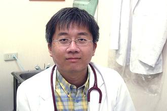 藍仕政醫師